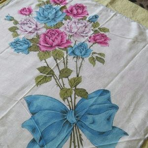 1970s Floral Bouquet Cotton Kerchief
